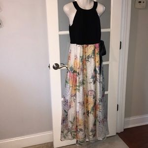 SLNY long petite dress. Size 6P